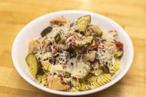 Nicks Picks: Chicken And Zucchini Pasta